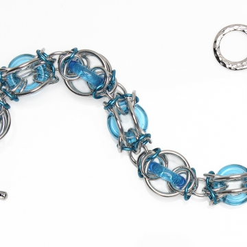 Arctic Sphere bracelet kit - from New Connections book